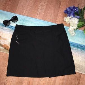 IZOD Women's Golf Tennis Black Skirt Skort
